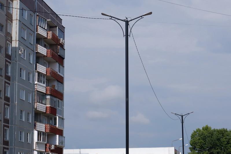 В Озерске продолжается благоустройство одной из крупнейших пешеходных дорожек