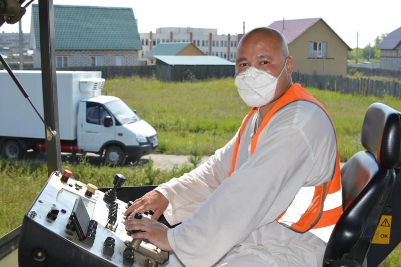Продолжается ремонт улицы Береговая в Метлино