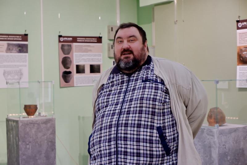 В Озерске открылась выставка из запасников Аркаима