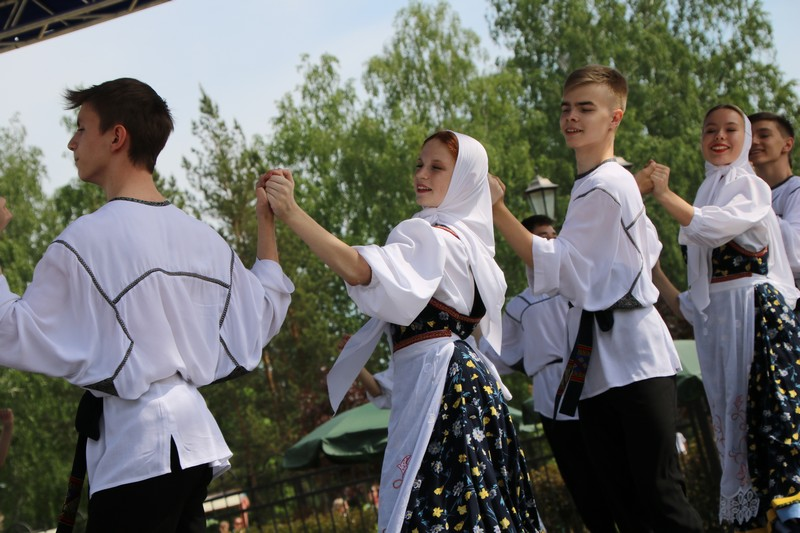 В Озерске прошёл фестиваль искусств, посвящённый Дню славянской письменности и культуры