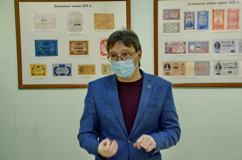 В городском музее открылись выставки об истории российских денег