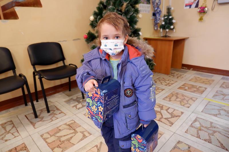 В Озерске стартовала акция «Подарим Новый год детям»