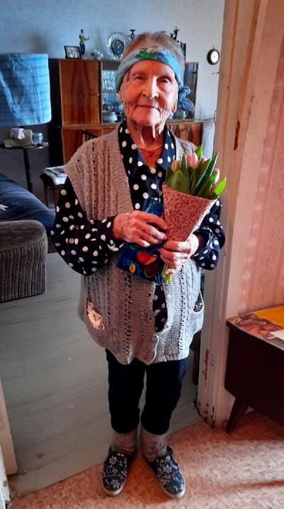 8 марта в Озерске прошли поздравительные акции