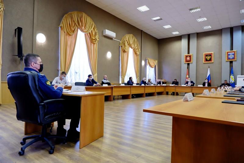 Депутаты заслушали отчёт начальника полиции