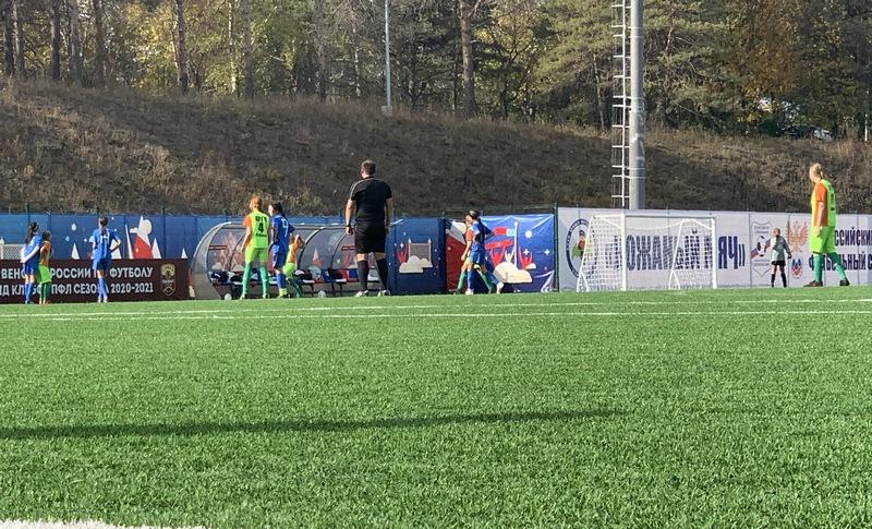 Озерск радуется победе юных футболисток